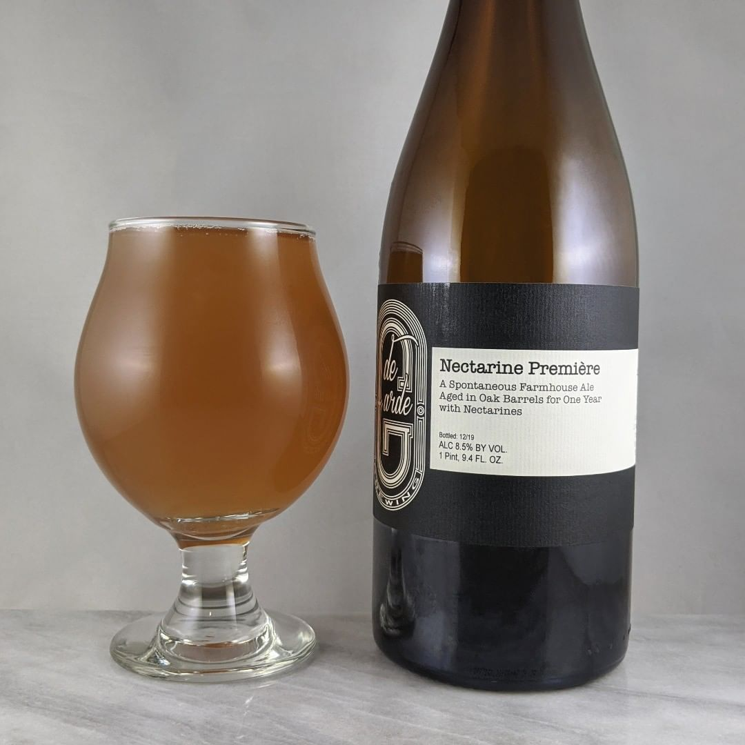 ????: Nectarine Premiére (12/19) ?????: Fruit/Sour/Wild ???: 8.5% ???: – ????: – ———————————– ???????: de Garde Brewing – Tillamook, OR ??????? ??: @degardebrewing ———————————– ??????: 4.75/? ?????: Wonderful. Perfect tartness and funkiness. Some sweetness but not overly sweet. Some good nectarine flavor for me but if I remember correctly, other Nectarine Premiers I've had tasted have been a bit more fruity. I really enjoy nectarine beers. ?????? ???: de Garde bottles are classy and cool. ????????: Bottled 12/19, released 4/20 and drank little less than 1 month after date on bottle.